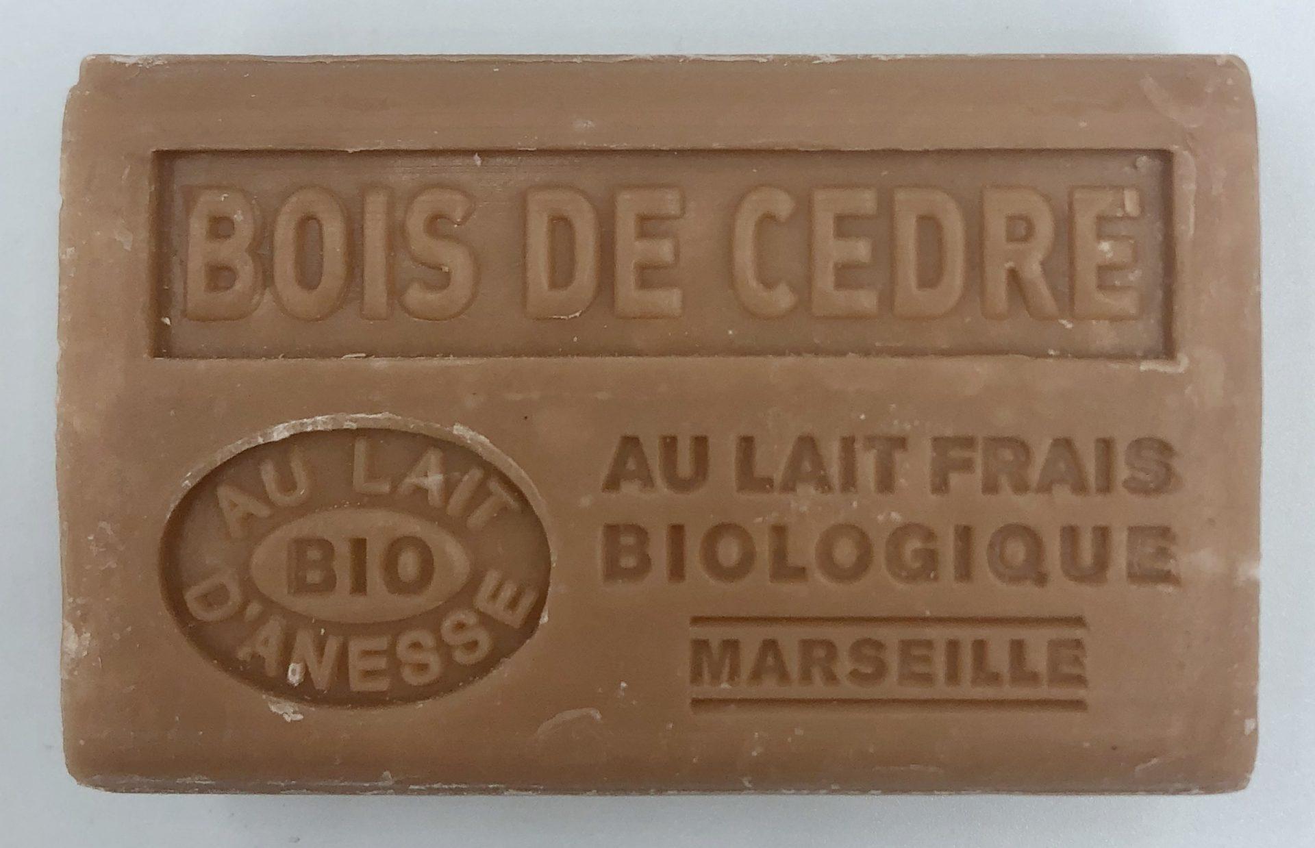 Savon de Marseille au lait d'ânesse BIO Bois de cèdre