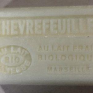 Savon de Marseille au lait d'ânesse BIO Chévrefeuille
